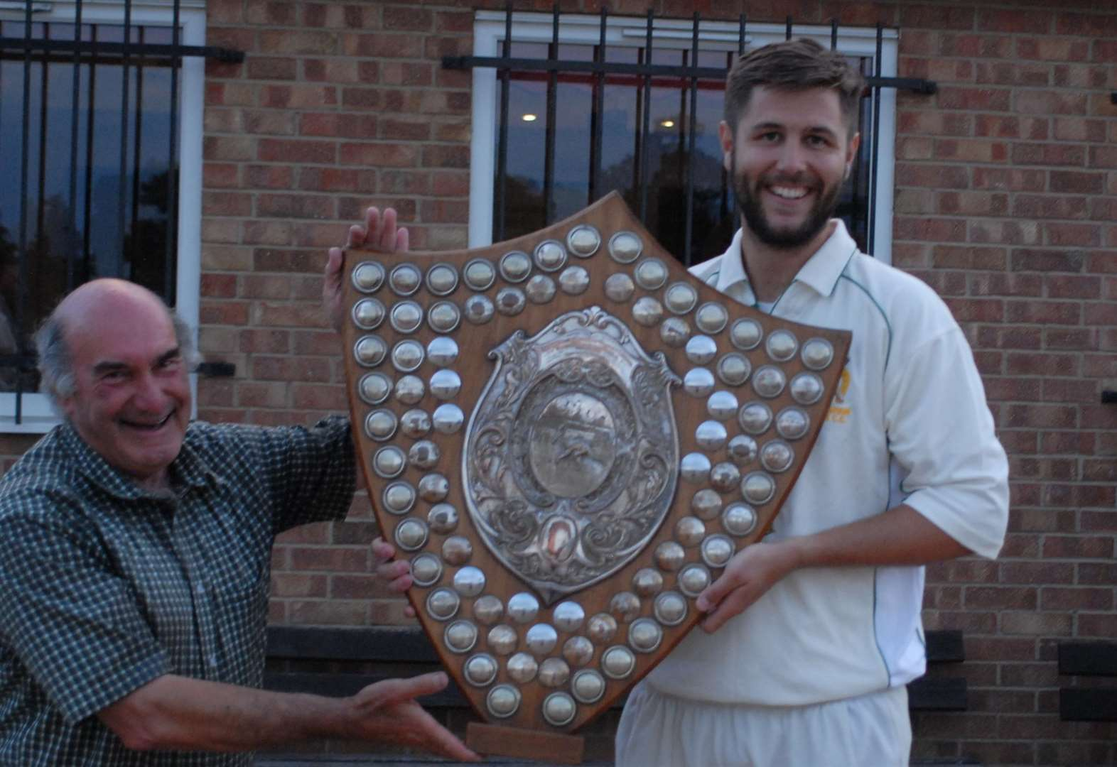 STAMFORD KO SHIELD: Town triumphant after dramatic final victory