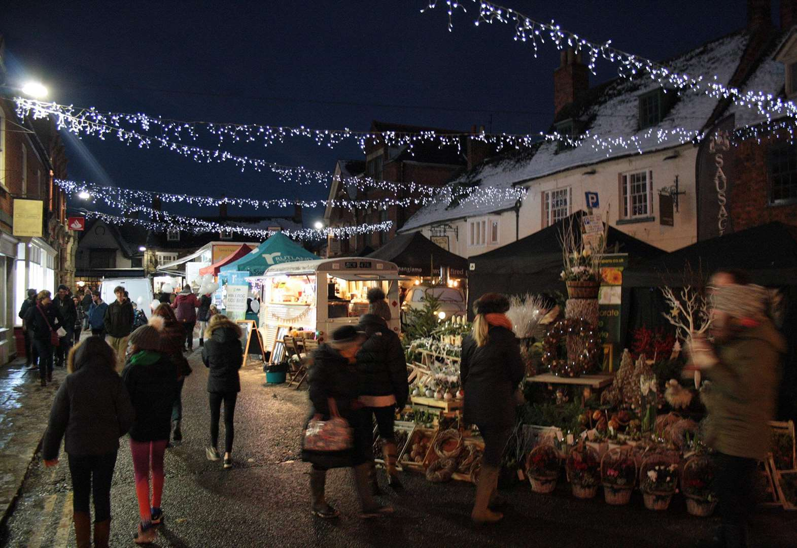 Free parking in Oakham and Uppingham for late night shopping events