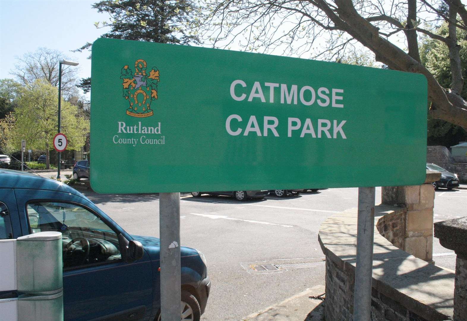 Two hour free car parking introduced on Saturdays in Oakham