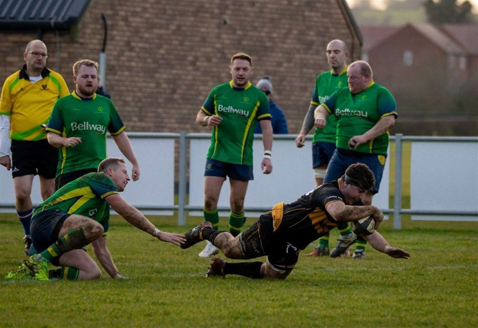 Oakham return to winning ways as Houghton caps comeback with a try