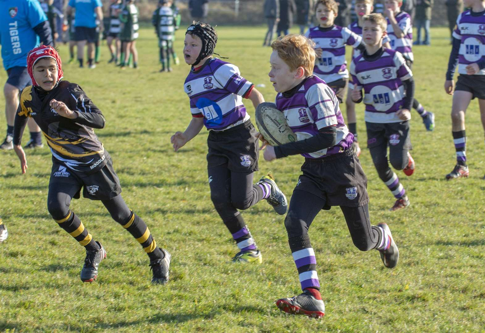 RUGBY UNION: Young players celebrate Land Rover Premiership Cup
