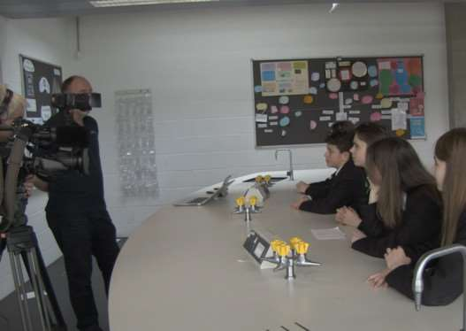 Catmose College pupils are interviewed about the earthquake EMN-150130-164145001